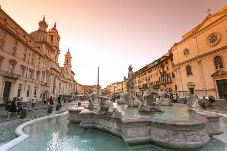 roma gezilecek yerler navona meydanı