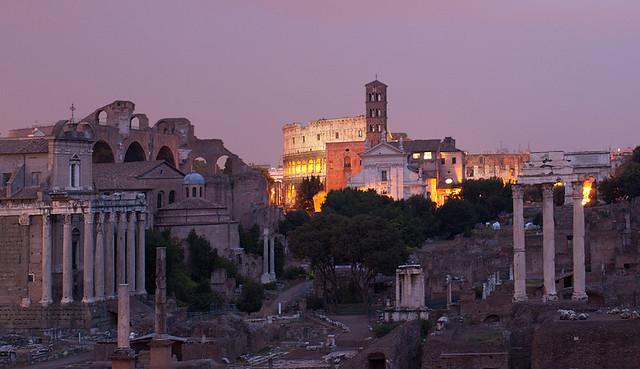 roma gezilecek yerler roma forumu