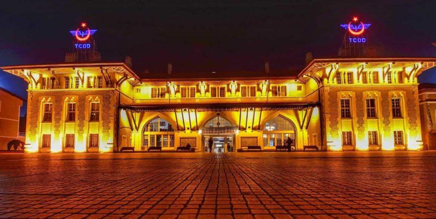 Adana Tren İstasyonu