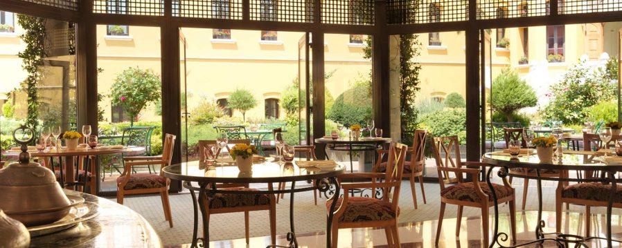 Seasons Restaurant Hakkında Genel Bilgi