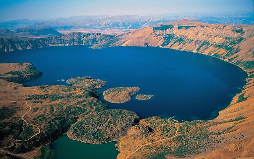 Nemrut Dağı Krater Gölü