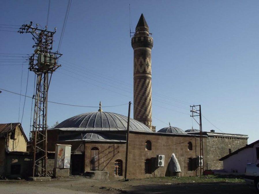 Hacı Şeref Cami