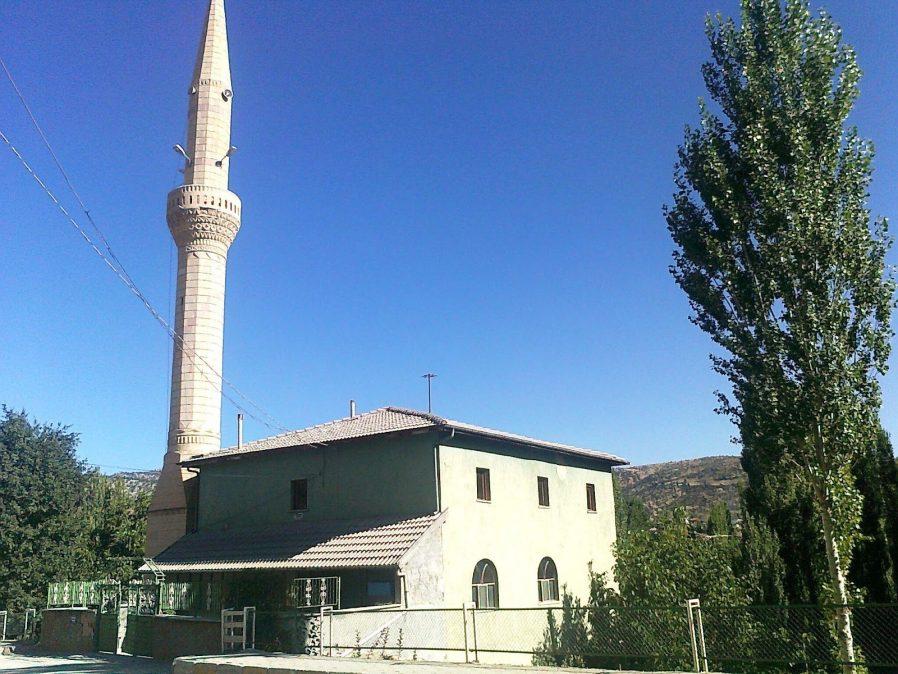 Aralık Ortaköy Camii