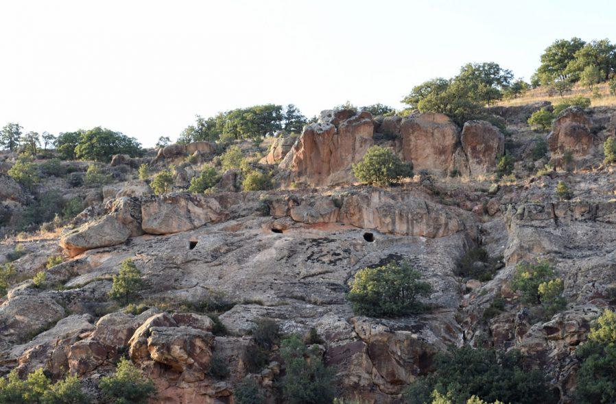Ceritkale Kaya Mezarları