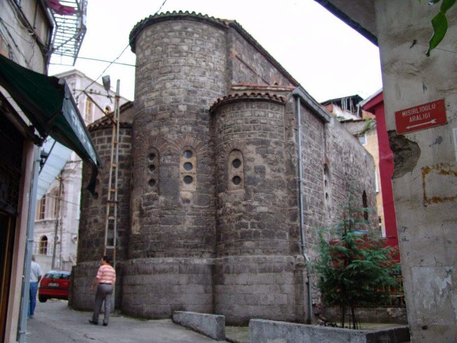 St. Anna Kilisesi (Küçük Ayvasıl Kilisesi)