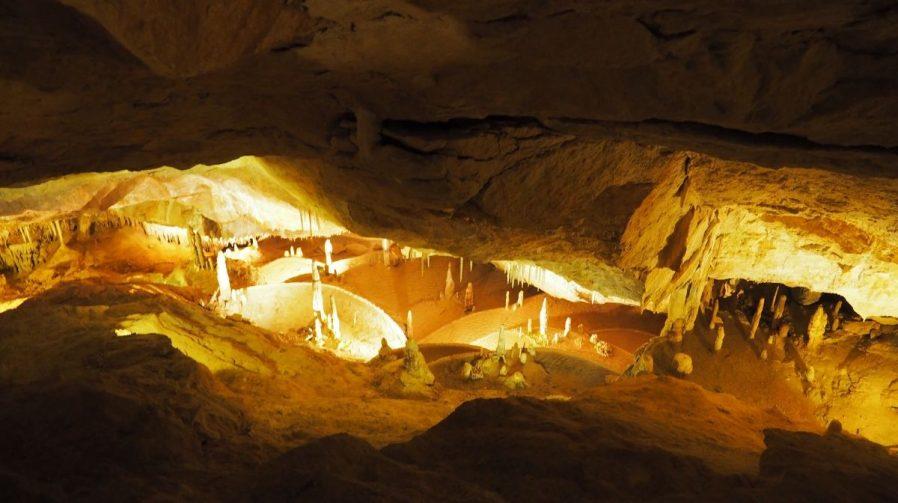 Cova de Can Marça