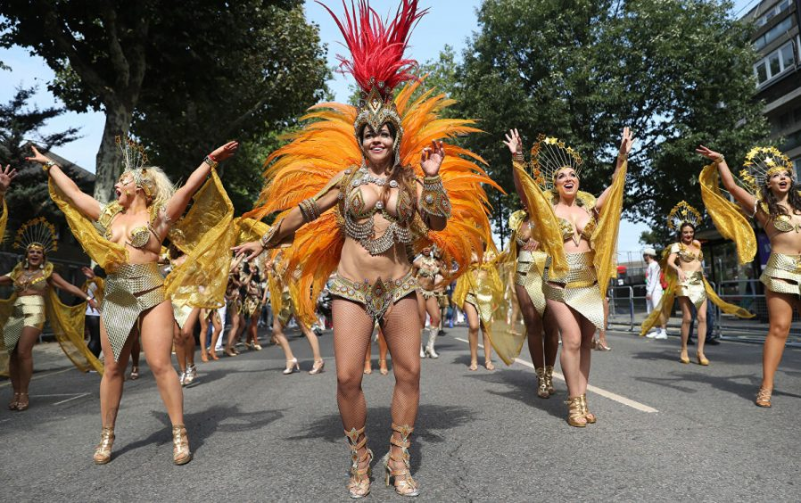 Notting Hill Karnavalı'na Katılın