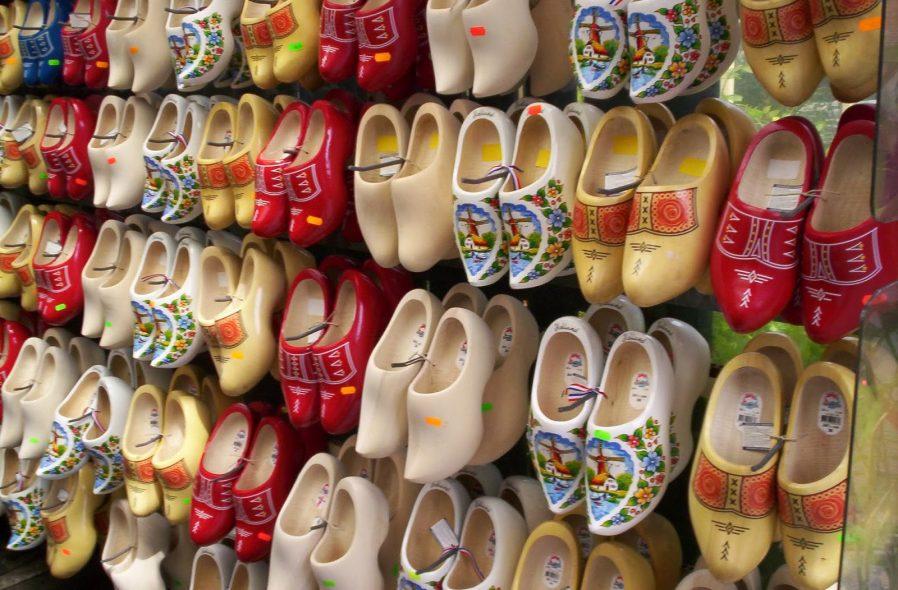 Tahta Ayakkabı
