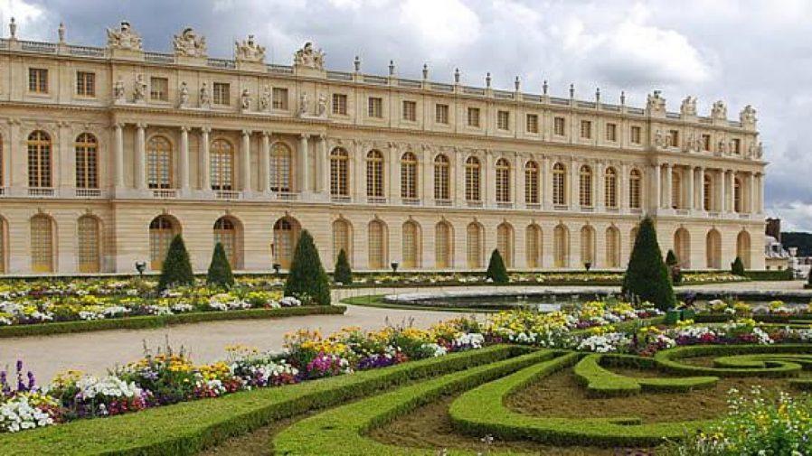 Versay Sarayı ve Bahçeleri