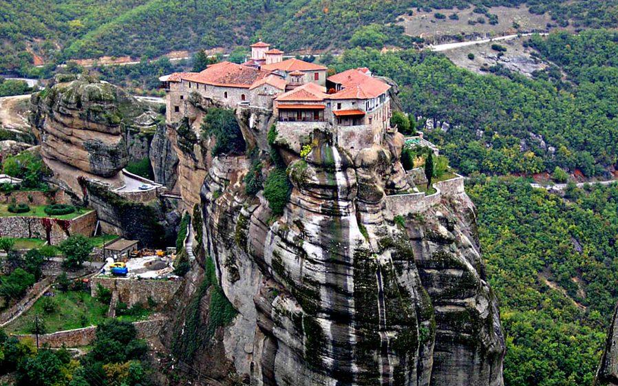 Meteora Manastırı'na Günübirlik Gezi Yapın