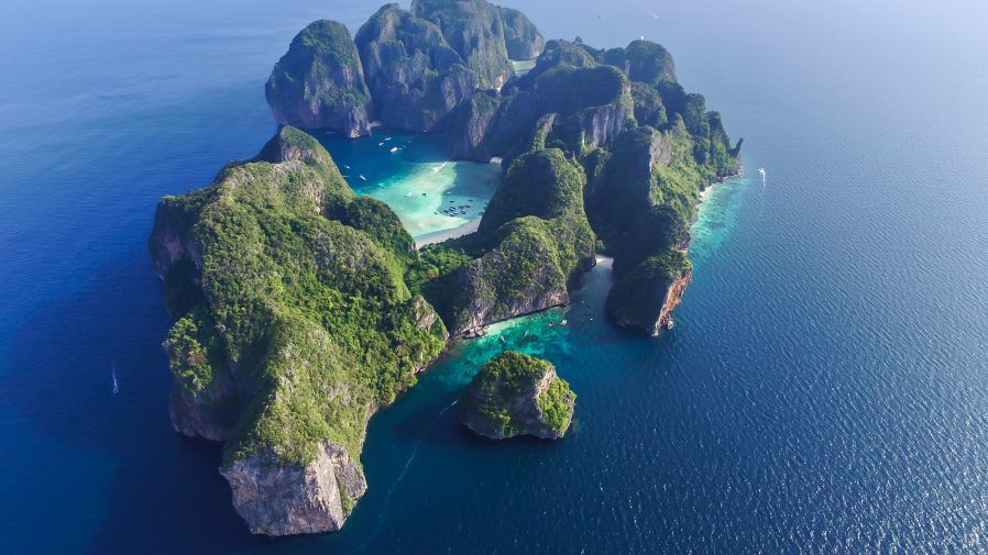 Maya Bay (Phi Phi Islands)