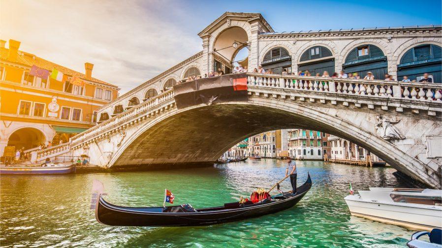 Rialto Köprüsü (Ponte di Rialto)