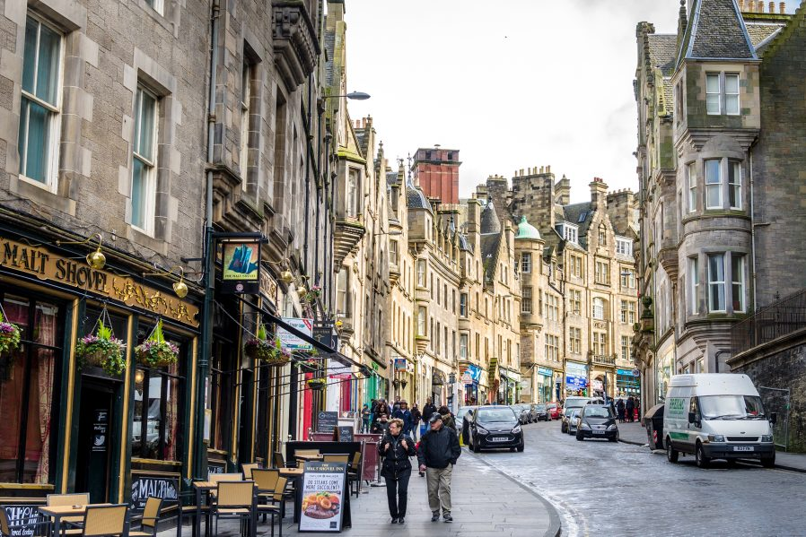 Royal Mile'da Yürüyün, Edinburgh Old Town'u Gezin