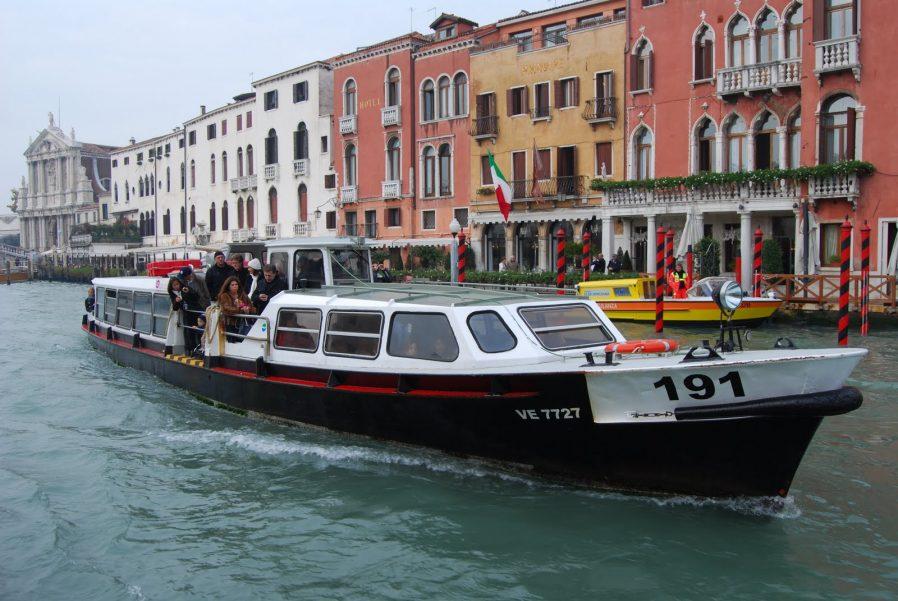 Vaporetto İle Büyük Kanal Turu Yapın