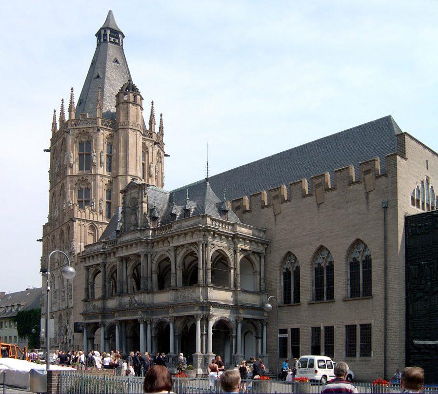 Rathaus'u Gezin