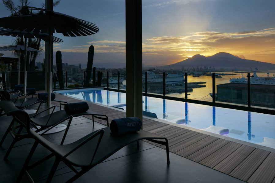 Napoli'de Nerede Kalınır? Napoli Otel Tavsiyesi