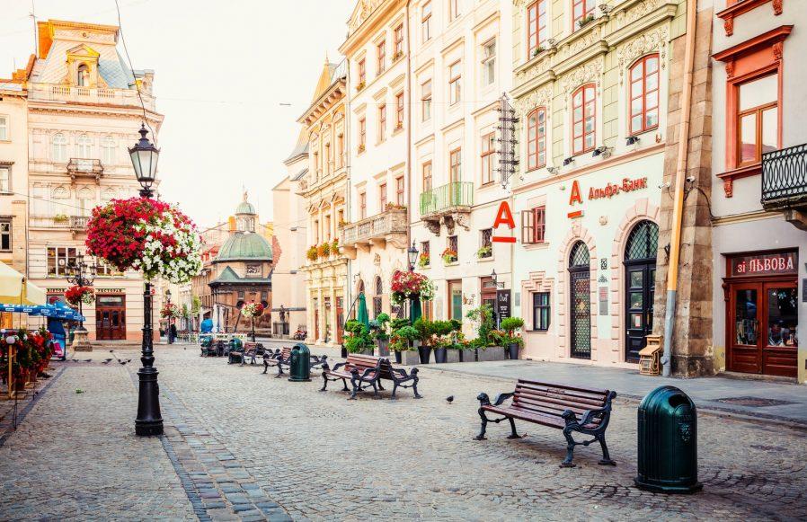 Pazar Meydanı (Rynok Square)