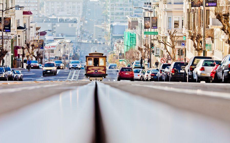 San Francisco Yokuşlarını Tramvayla Çıkın