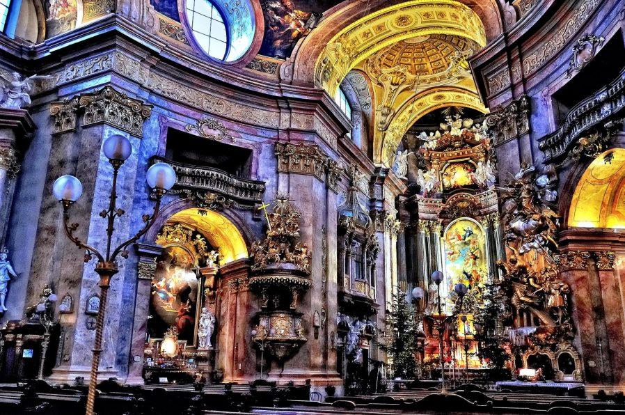 Az Bilinen Dini Yapıları Keşfedin
