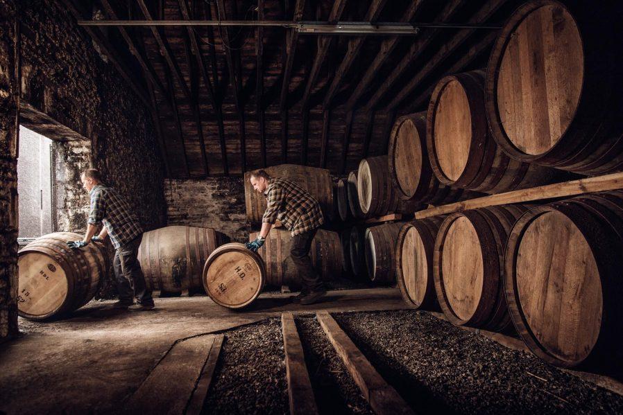 Faust Şarap Mahzenlerinde Şarap Tadın