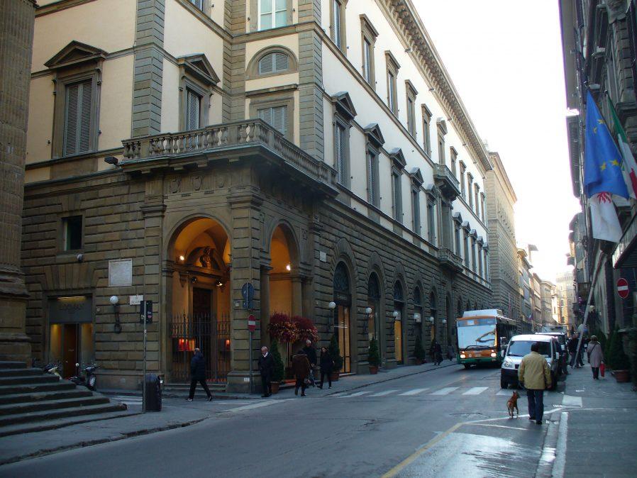 Floransa Alışveriş Caddeleri