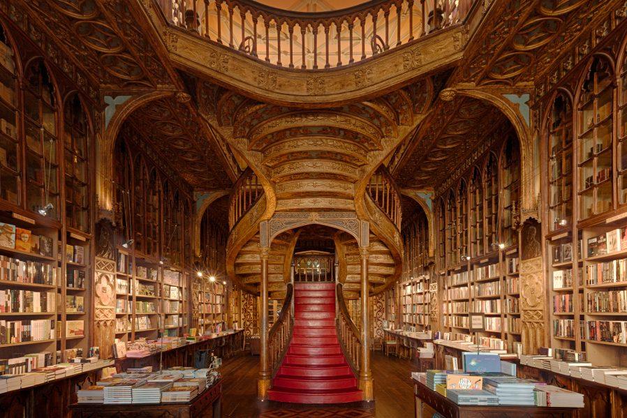 Livraria Lello e Irmao (Sahaflar Çarşısı)