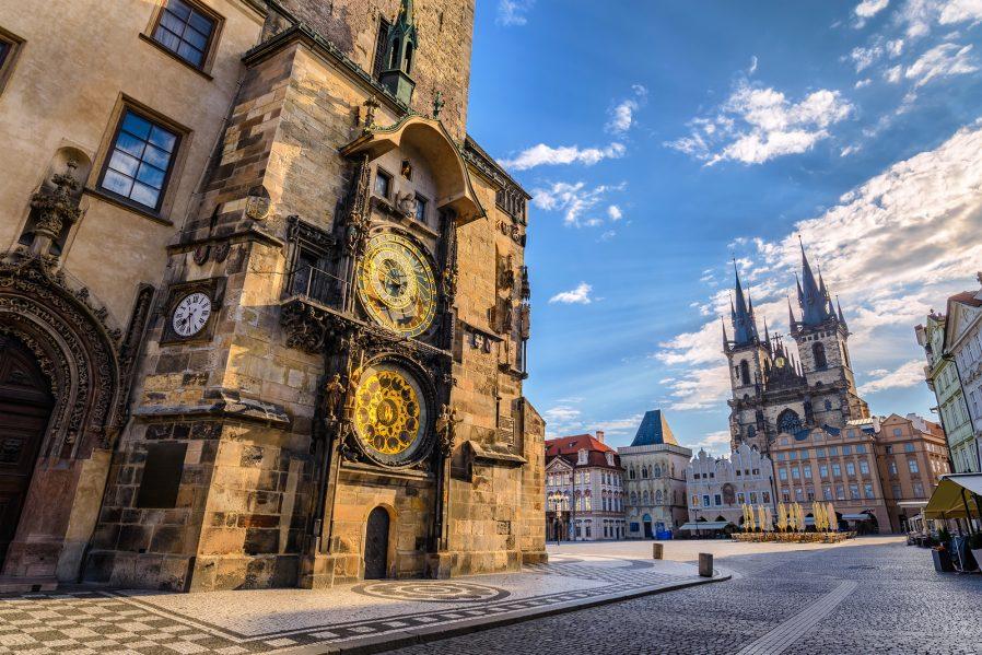 Old Town Meydanı'nda Zaman Geçirin