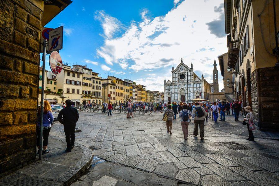 Santa Croce'nin Ara Sokaklarını Dolaşın
