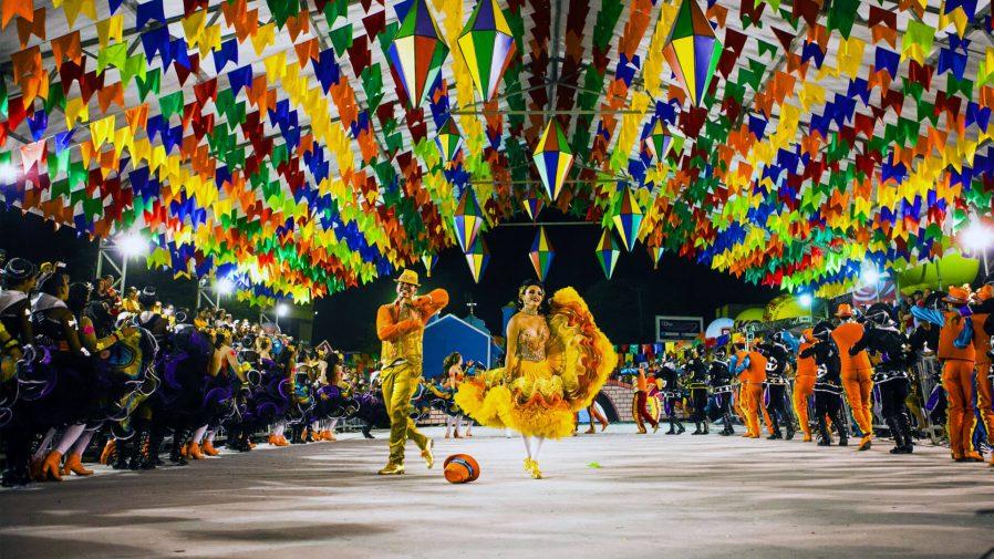 Sao Joao Festivali'ne Katılın
