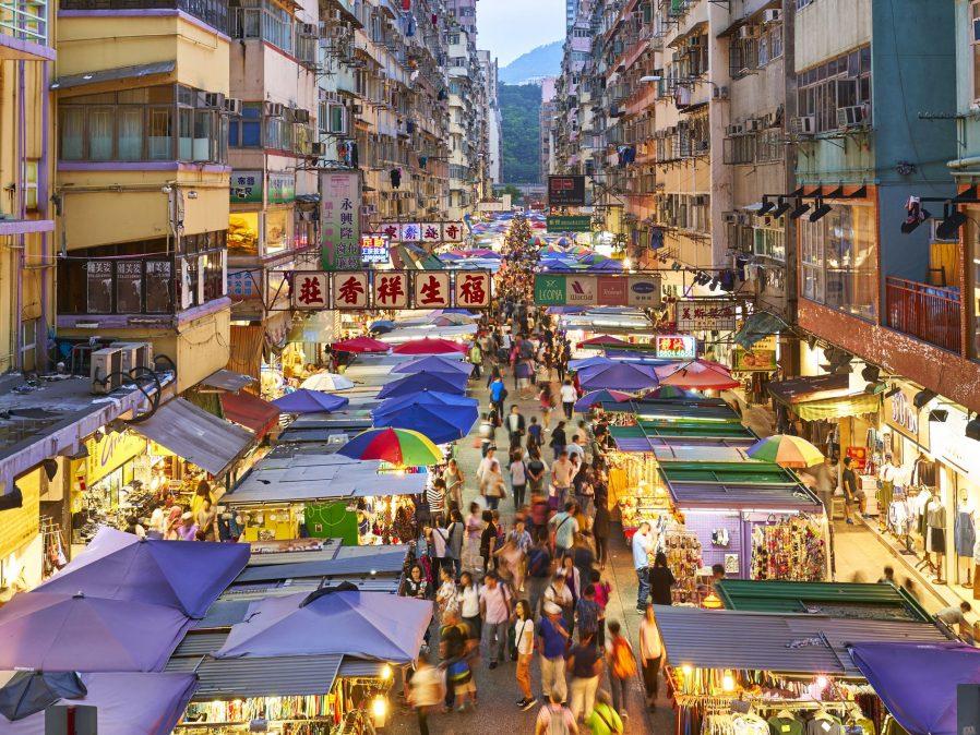 Temple Street Pazarı'nı Gezin