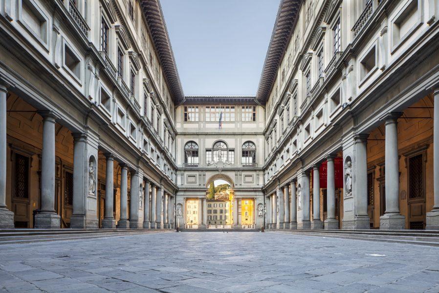 Uffizi Galerisi ve Gallerie dell' Academia'yı Ziyaret Edin