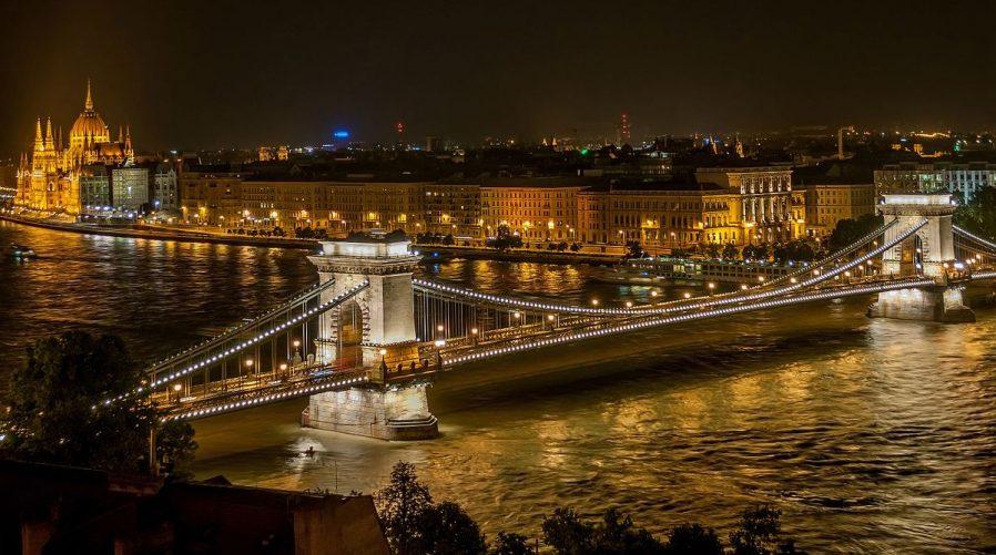 Zincir Köprü