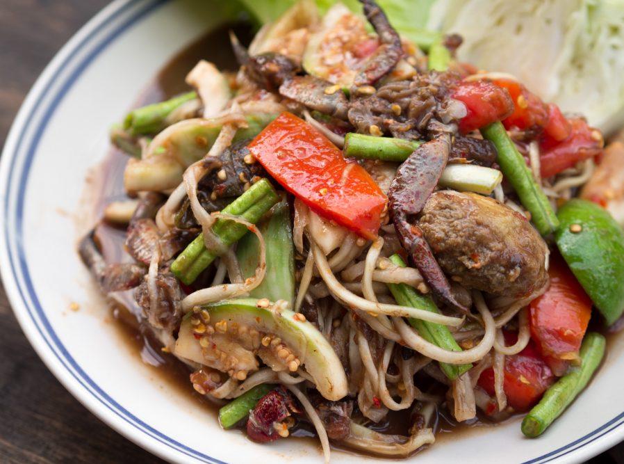 Som Tam (Papaya Salatası)