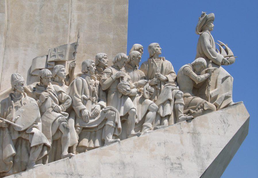 Keşifler Anıtı