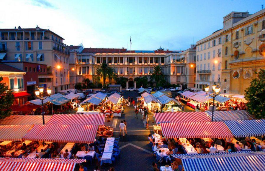 Cours Saleya (Çiçek Pazarı)