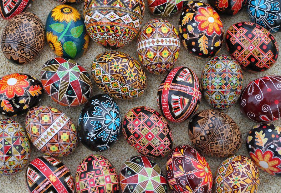 Pysanka (Desenli Paskalya Yumurtaları)