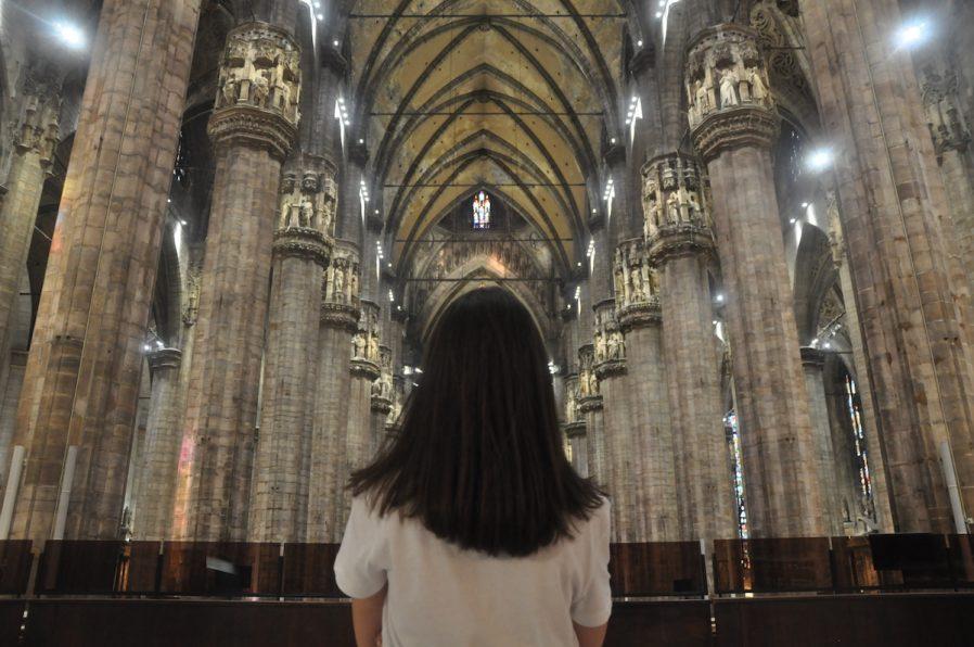 Milano Katedrali'nin İçini Gezin